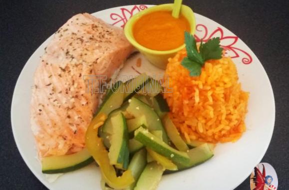 pavé de saumon sauce aux légumes du soleil thermomix