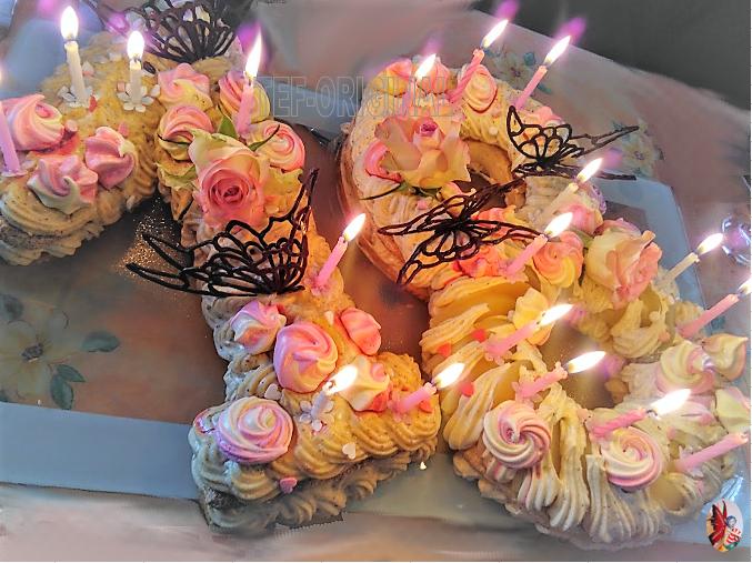 Nunber cake praliné à la poire avec insert chocolat