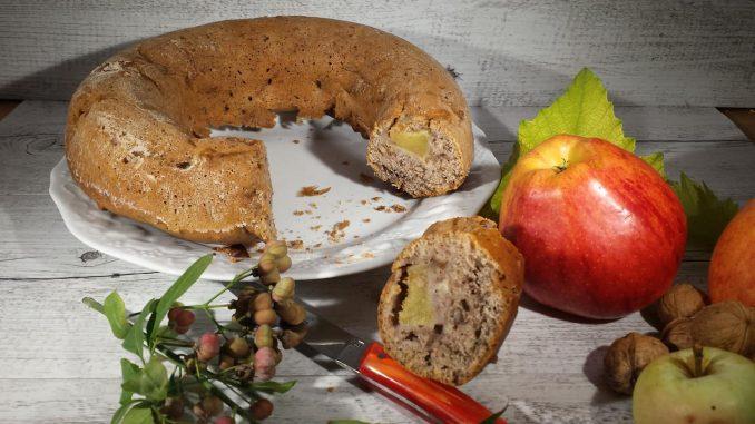 gâteau couronne aux noix et pommes thermomix